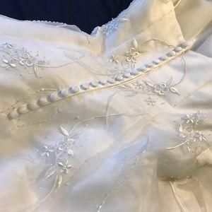 Beautiful Wedding Gown NWT